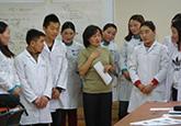 Erste Bachelorstudierende für Ergotherapie in der Mongolei