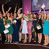 Gruppenfoto Diplomfeier Bachelorstudiengänge ZHAW Gesundheit